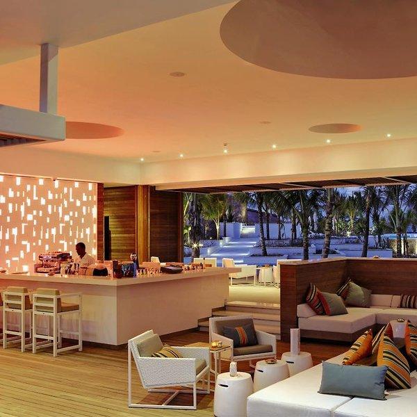 Long Beach Golf & Spa ResortBar
