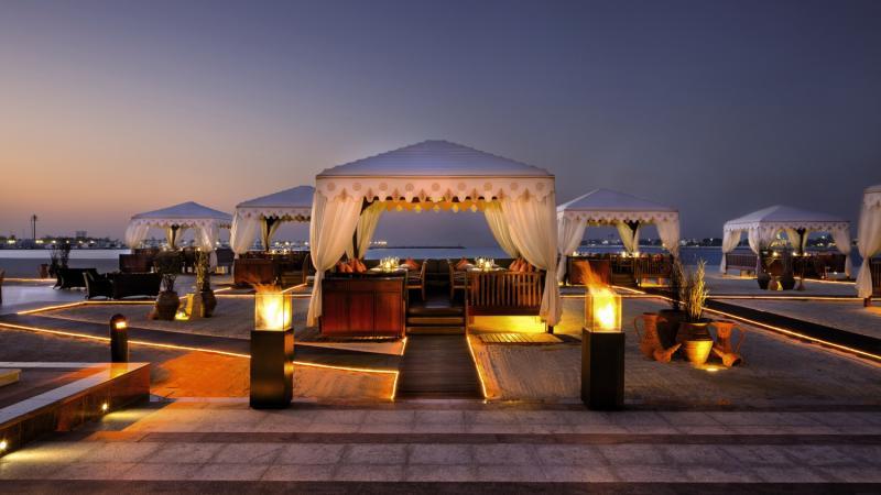 Emirates Palace Abu DhabiTerasse