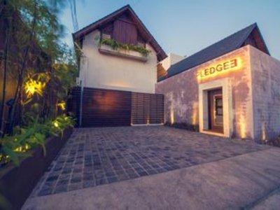 Vorschaubild von Pledge3 Hotel