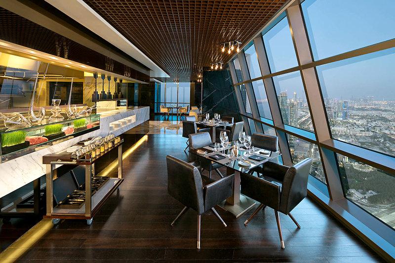 Abu Dhabi ab 857 € 3