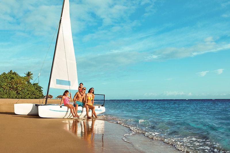 Playa Dorada ab 1411 € 3