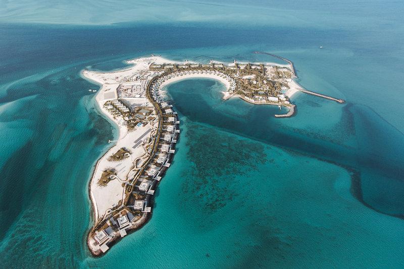 Abu Dhabi ab 2792 € 2