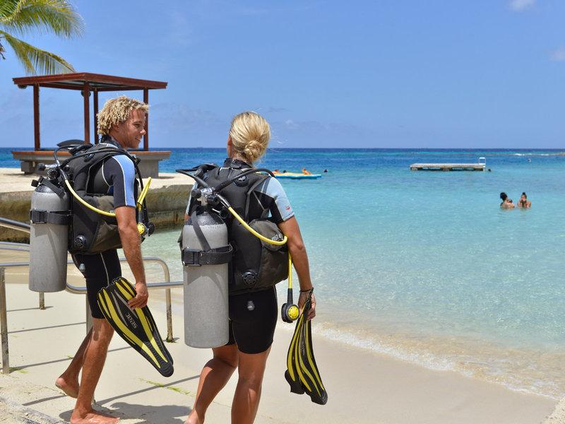 Jan Thiel Beach (Insel Curacao) ab 1029 € 6