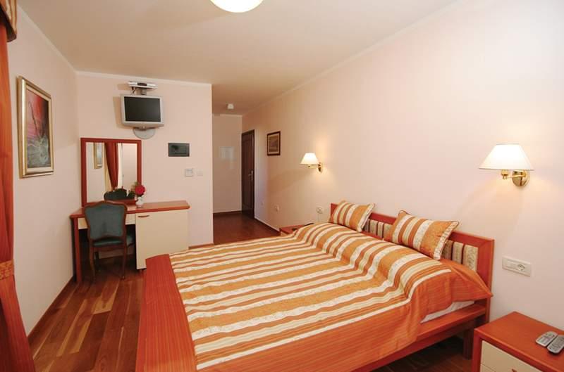 Hotel Trogir in Trogir, Kroatien - weitere Angebote