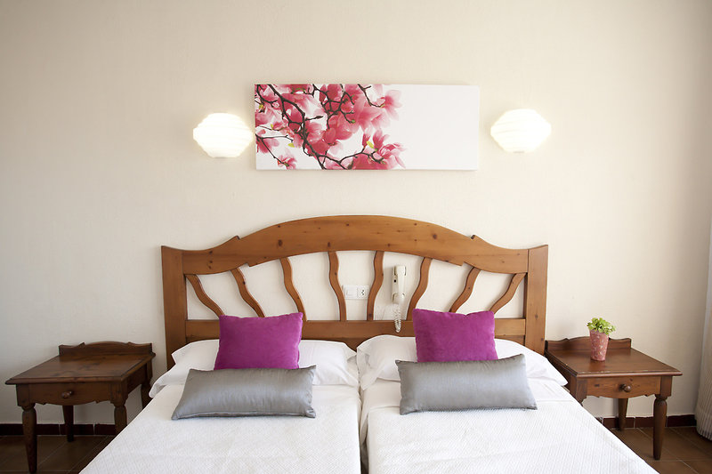 PlayaMar Hotel und Apartments in S'Illot, Mallorca W