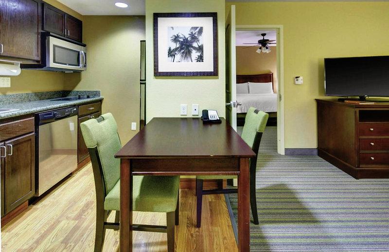 Homewood Suites by Hilton West Palm Beach in West Palm Beach, Florida - Ostküste W