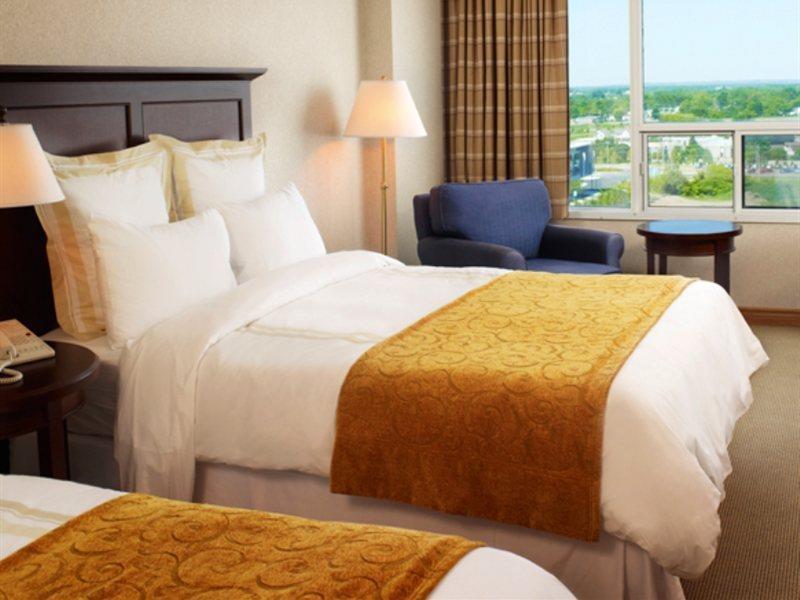 Marriott on the Falls in Niagara Falls, Ontario W