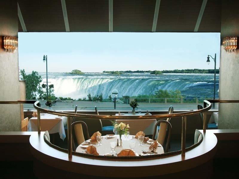 Marriott on the Falls in Niagara Falls, Ontario