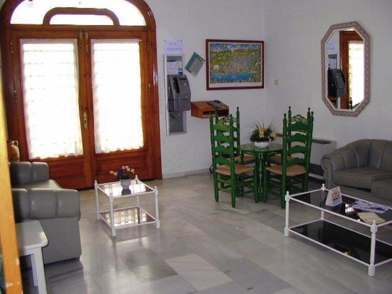 Apartamentos Mediterráneos in Nerja, Costa del Sol W