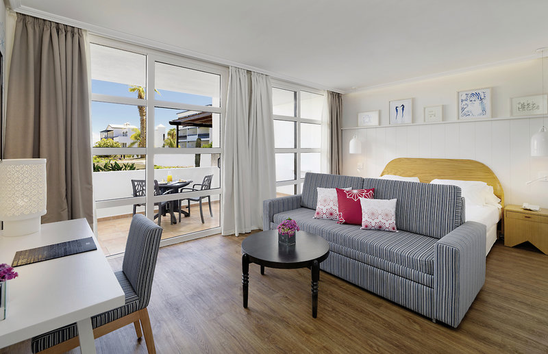 COOEE at H10 Rubicon Palace in Playa Blanca, Lanzarote W