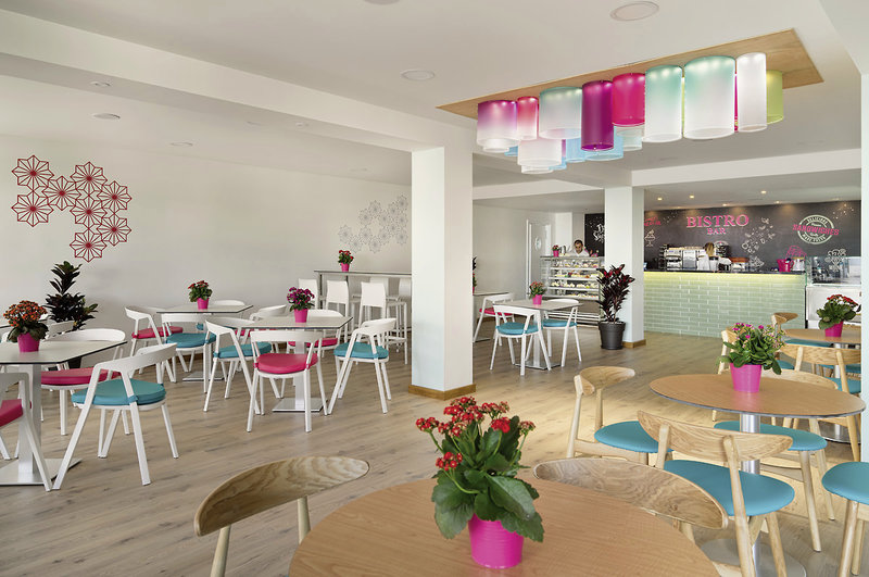 COOEE at H10 Rubicon Palace in Playa Blanca, Lanzarote L