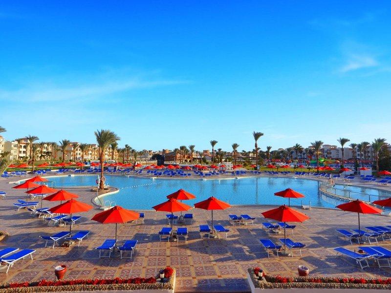 Hotel Dana Beach Resort