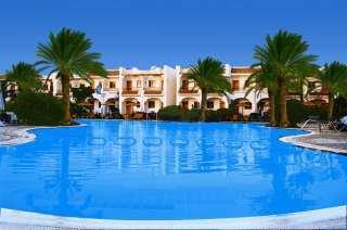 Hotel Dive Inn Resort Pool