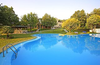 Hotel Century Resort - App. , Studios & Villas Pool