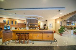 Hotel Akti Beach Club & Annex Bar