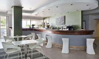 Hotel Ilunion Menorca Bar