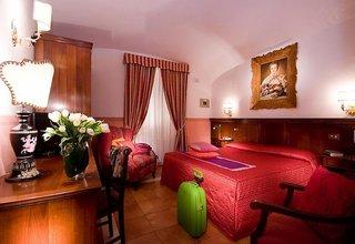 Hotel Hotel Des Artistes Wohnbeispiel