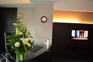 Hotel Golden Tulip Mandison Suites Wohnbeispiel