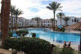 Hotel Dive Inn Resort Außenaufnahme