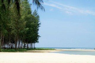 Hotel Apsara Beachfront Resort & Villa Strand
