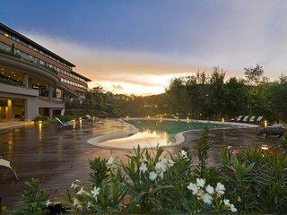 Hotel A.Roma Lifestyle Hotel Pool