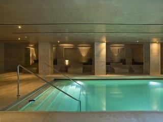 Hotel A.Roma Lifestyle Hotel Hallenbad