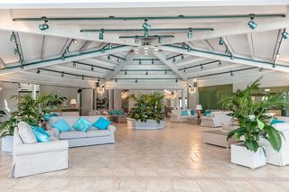 Hotel Acacia Marina Lounge/Empfang