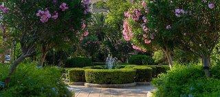 Hotel Corinthia Palace Hotel Garten