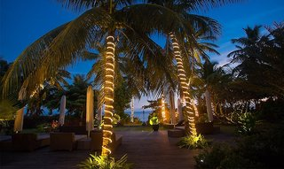 Hotel Dhevatara Beach Außenaufnahme