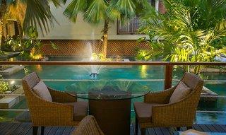 Hotel Dhevatara Beach Restaurant