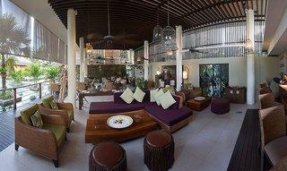 Hotel Dhevatara Beach Lounge/Empfang