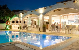 Hotel Malibu Boutique Studios Pool