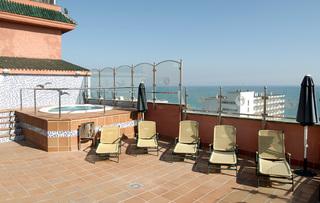 Hotel Fenix Torremolinos - Erwachsenenhotel Terasse