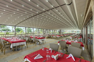 Hotel Nirvana Lagoon Luxury Restaurant