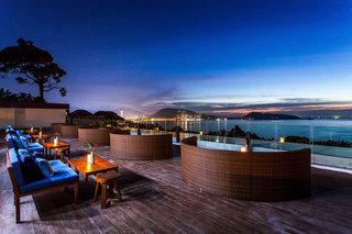 Hotel Andamantra Resort & Villa Bar