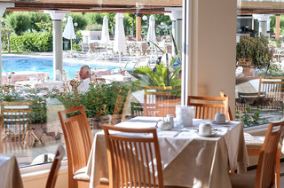 Hotel Apollo Beach Restaurant