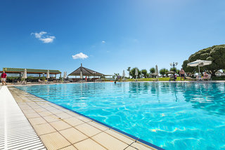 Hotel Apollo Beach Pool