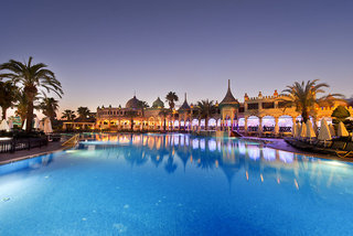Hotel Kamelya Collection K Club Pool