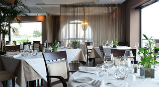 Hotel Corinthia Hotel St. George´s Bay, Malta Restaurant