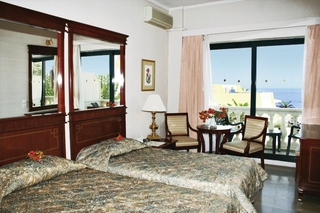 Hotel Mayor Mon Repos Palace - Erwachsenenhotel Wohnbeispiel