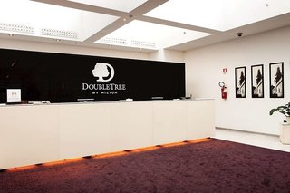 Hotel Doubletree by Hilton Milan Lounge/Empfang