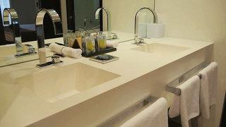 Hotel Amfora Grand Beach Resort Badezimmer