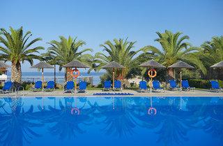 Hotel Blue Dolphin Pool
