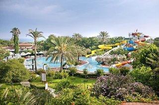 Hotel Belconti Resort Pool