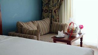 Hotel Titanic Beach Spa & Aqua Park Wohnbeispiel