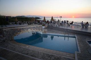 Hotel Dedalos Beach Pool