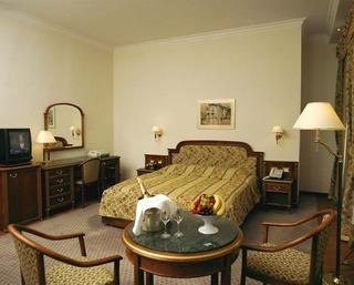 Hotel Ambassador Zlata Husa Wohnbeispiel