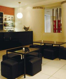 Hotel The Caesar Bar