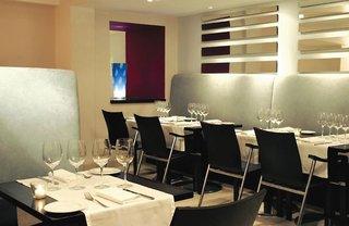 Hotel The Caesar Restaurant