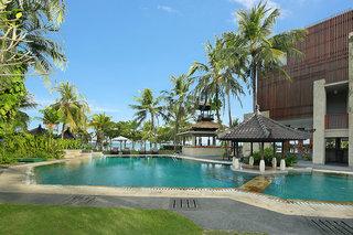 Hotel Candi Beach Resort & Spa Pool
